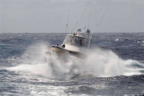 driving boat in waves wave wisdom boatus magazine