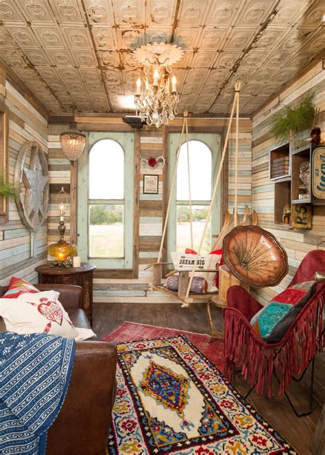 junk gypsy bedroom makeover junk gypsies treehouse to guesthouse makeover junk
