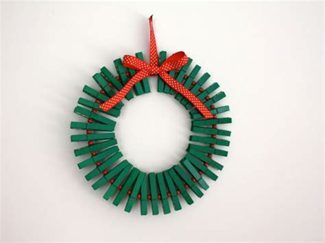 christmas decorations you can make at home 15 holiday home decorations your kids can make