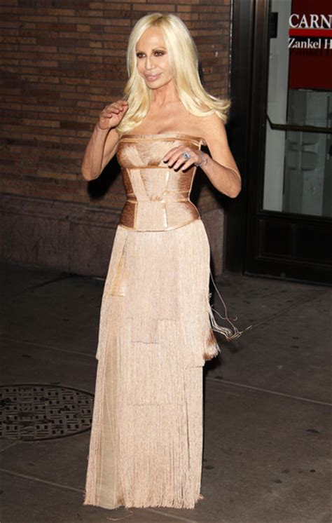 Donatella Says More Skirts by More Pics Of Donatella Versace Evening Dress 1 Of 2