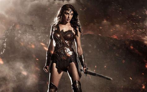 film wonder woman gal gadot reveals new poster for 2017 wonder woman movie