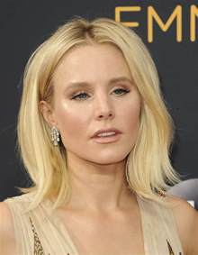 kristen bell s nice 2016 emmy dress could have used better