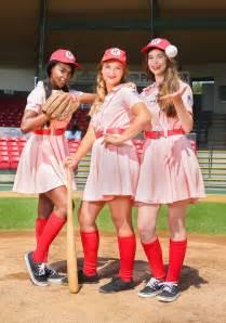 Baseball Halloween Costume Women League Deluxe Dottie Costume