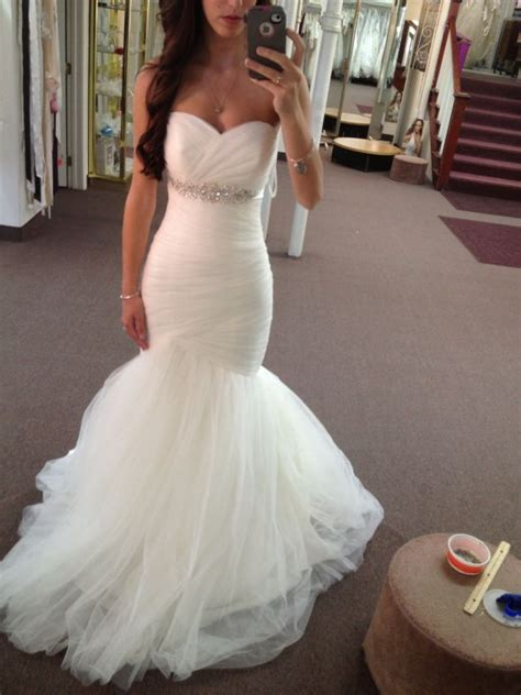 today brides an excuse to put your wedding dress on again best 25 mermaid wedding dresses ideas on pinterest