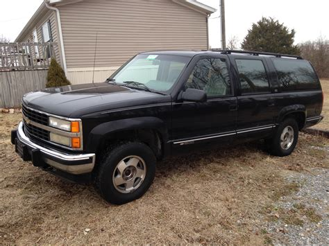 how does cars work 1992 chevrolet suburban 1500 parental controls brandon drury 1992 chevrolet suburban 1500ltz sport utility 4d specs photos modification info