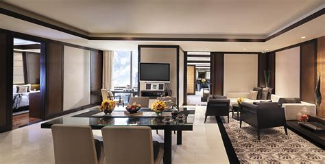two bedroom suite hong kong banyan tree bangkok hungry hong kong