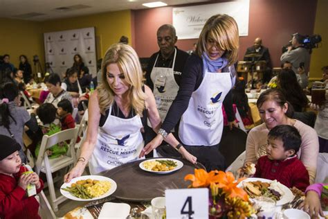 kathie lee gifford thanksgiving the nyc rescue mission thanksgiving banquet 2015 kathie