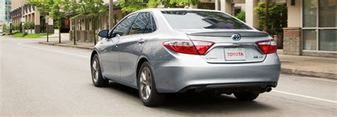 recommended tire pressure    toyota camry