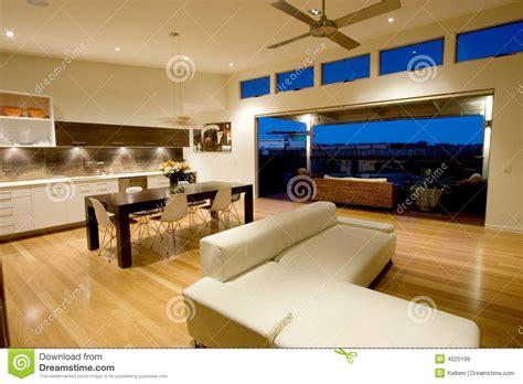 immagini di appartamenti moderni appartamento moderno immagine stock immagine di cielo