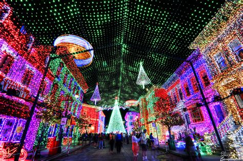 dancing lights of christmas image gallery osborne lights disney