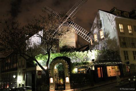 le moulin de la galette photo  night paris