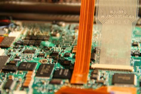 pattern recognition william gibson analysis digital creation critical analysis beheviour brush
