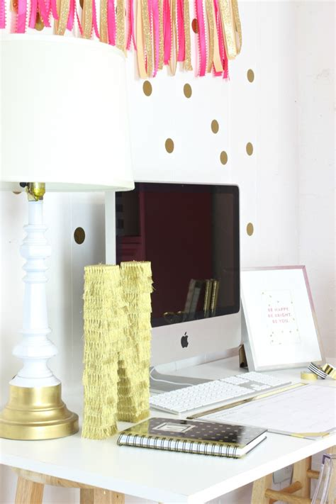 Pink And Gold Desk Calendar by Pink And Gold Gorgeous Office Nook Clutter