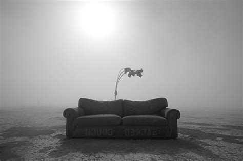 couch photography lost and found peikwen cheng 郑培堃 artist and