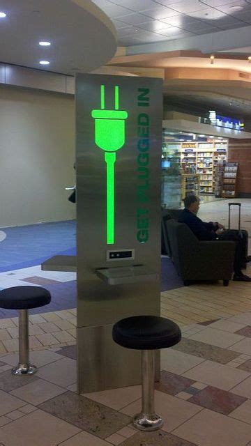 sky harbor airport charging stations built  bluemedia