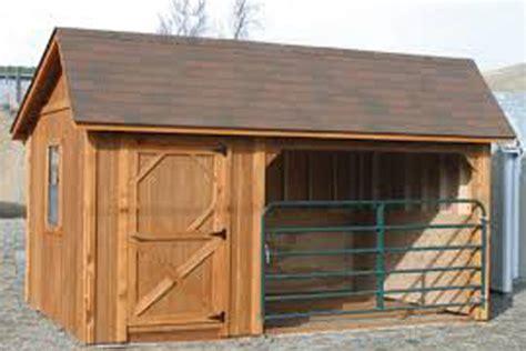 portable horse barn  tack room built  montana