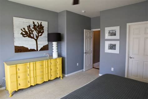 a trendy color combo grey and yellow for both bold and serene interiors