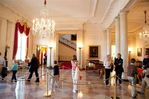 pictures of the white house inside how to tour the white house bill on the road
