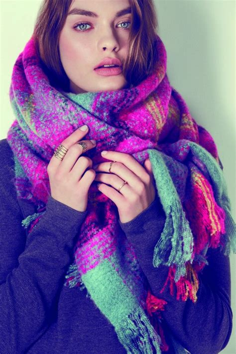 7 Scarf Styles For Fall by How To Style Winter Oversized Scarves For 2018