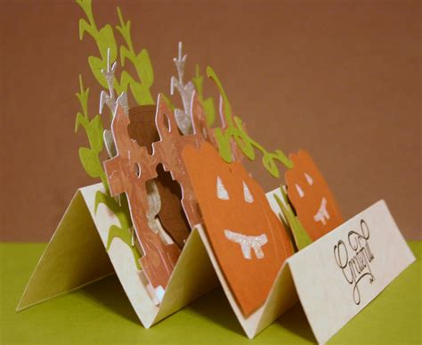 How To Make Paper Corn Stalks - lindascreativity the great pumpkin hop