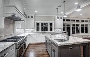 White Kitchen Cabinets With Granite Countertops Alaska White Granite