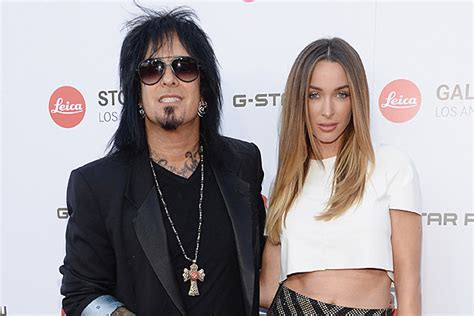 nikki sixx and courtney bingham news from the pit nikki sixx wedding date machine head
