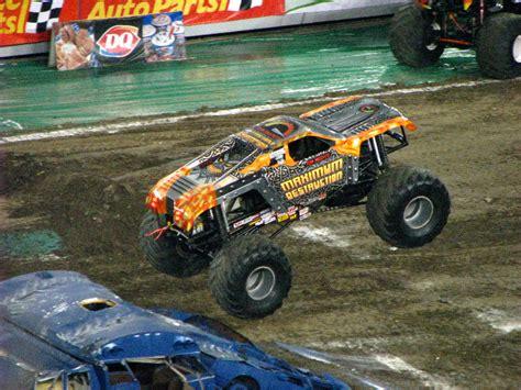 monster truck jam ta fl monster jam raymond james stadium ta fl 210
