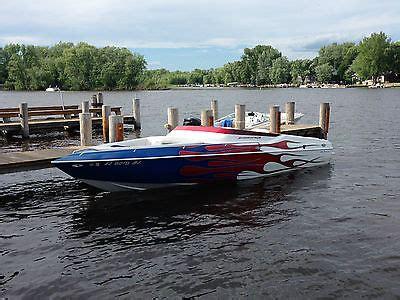mid cabin bowrider boats shockwave 25 tremor mid cabin boats for sale
