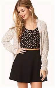 Cute Outfits with Black Skater Skirts
