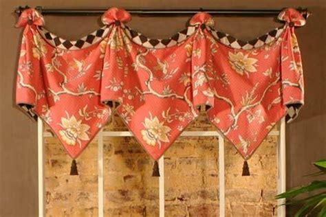 Kitchen Curtain Sewing Patterns Best 25 Kitchen Valances Ideas On Burlap Kitchen Curtains Curtains For Kitchen