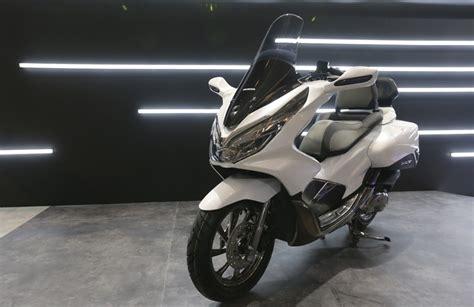 Jok Somjin Vp 4 Honda All New Pcx 150 Led modifikasi all new honda pcx 150 kelir putih terlihat