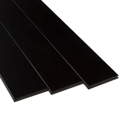 AquaGuard Ebony Water Resistant Laminate   12mm