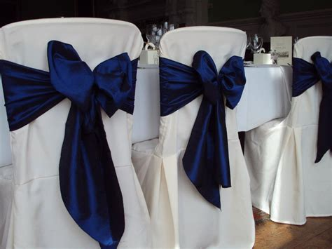 Navy Chair Covers Wedding by Something Blue A But Cool Wedding Colour Scheme Articles Easy Weddings