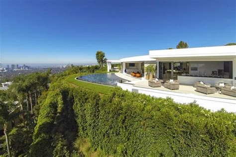 Rappers Houses by The Top 15 Most Luxurious Homes Of Rappers