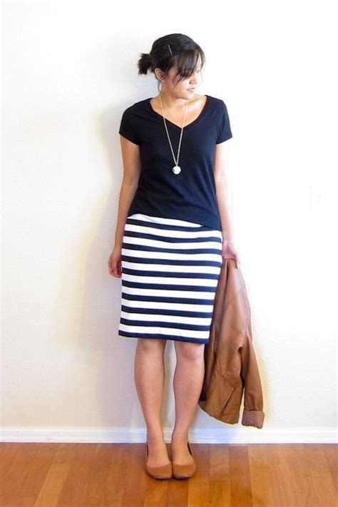 black and white striped pencil skirt neutral style
