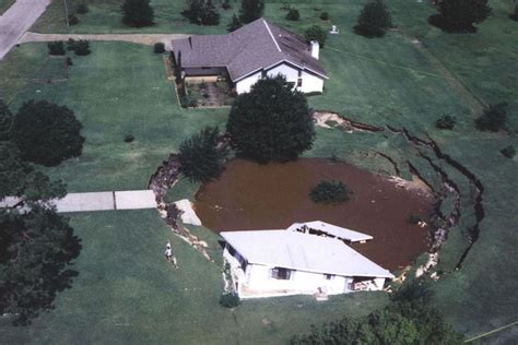 What Causes Sinkholes Find Out On Earthsky Earth