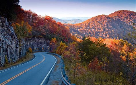 fall road trips     fall foliage