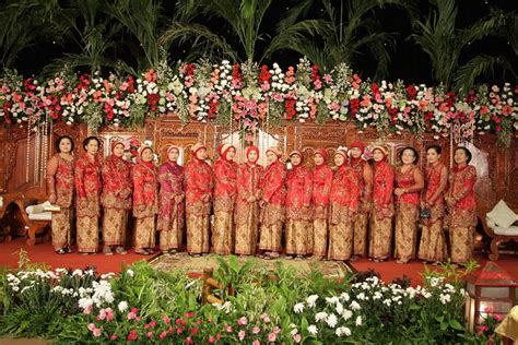 gambar model kebaya untuk among tamu my wedding story preparation penjahit supplier bahan