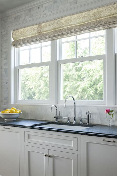 Kitchen Window Size Sink by Kitchen Window Treatments Design Ideas