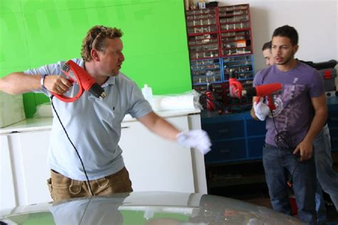 Autofolierung Kurse by Car Wrapping Schulung Seminar Lehrgang Folierung