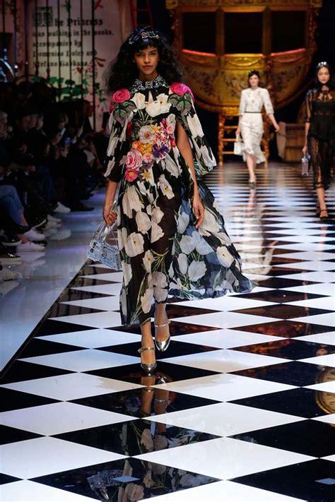 Fallwinter Fashion Dolce Gabbana Fashion Show by Dolce Gabbana Fall Winter 2016 17 Rtw Collection Review