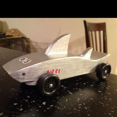 pinewood derby shark template pinewood derby on car and race