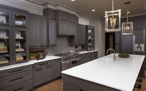 what kind of paint to use on wood kitchen cabinets kitchen astounding what kind of paint to use on kitchen