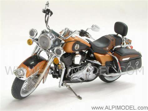 105th Anniversary Harley Davidson by Highway 61 Harley Davidson Road King Classic 105th