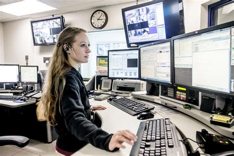 mchenry county shuffling 911 services amid dispatch center