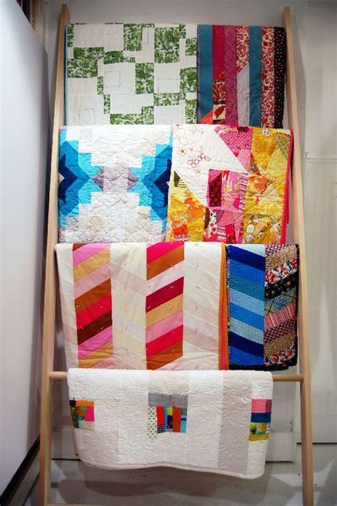 Quilt Ladders For Display by Diy Quilt Or Blanket Display Ladder Quilt Display