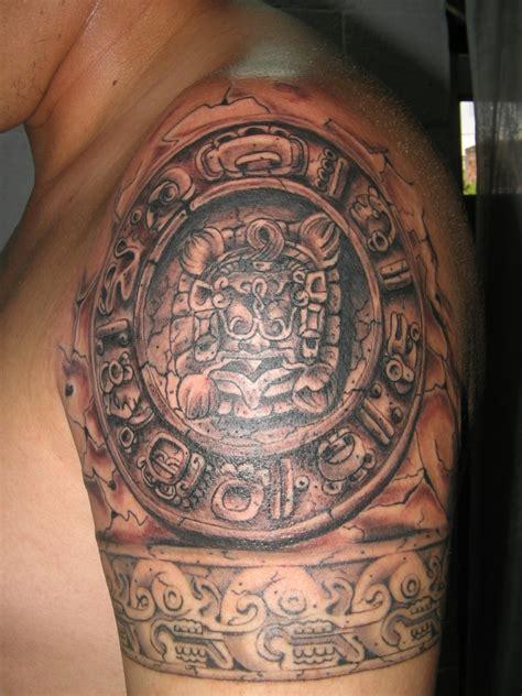 Continuacion Aztec Skulls By Lockyllo On Deviantart Aztec Skull Tattoos Designs