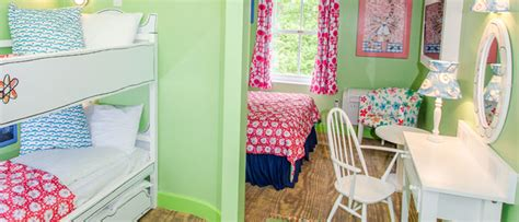 lola s room themed rooms at the alton towers resort
