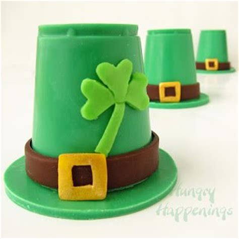 How To Make A Leprechaun Hat Out Of Paper - 30 st s day edible craft recipes hungry happenings