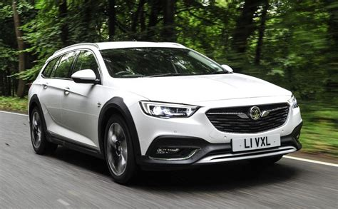 insignia 2017 country tourer 2018 vauxhall insignia country tourer pricing and specs